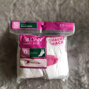 Women's 10 pack Gildan Ankle Socks 4-10